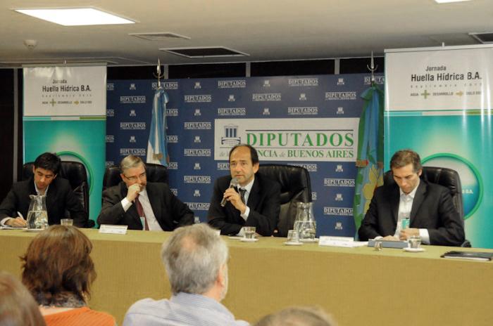 Participación en la jornada de HUELLA HÍDRICA B.A. organizada por la Legislatura de la Provincia de Buenos Aires